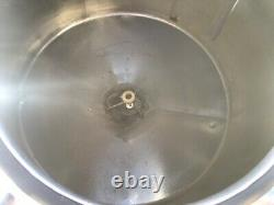 1000 Gallon 304 Stainless Steel Dome Cone Bottom Food Grade Mix / Holding Tank