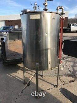 225 Gallon Stainless Steel Tank