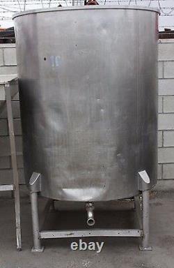 523 gallon Stainless Steel Tank (open top)