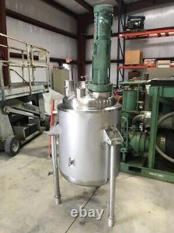 60 Gallon 316 Stainless Steel Tank Dome Top Dish Bottom With Top Mixer